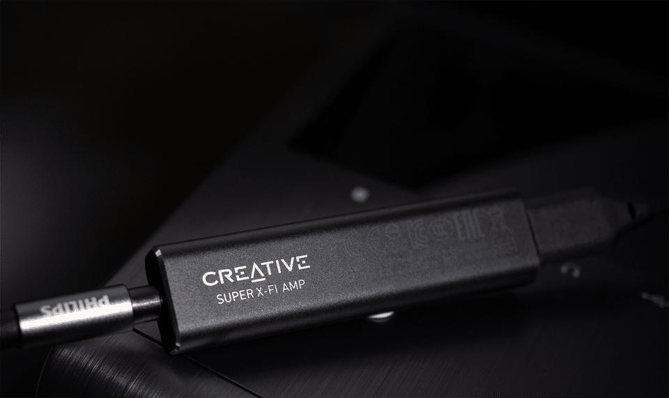 Amplificator de căști Creative Super X-fi.