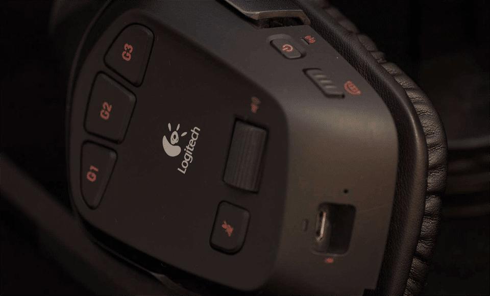 Căști Logitech G930 negre.