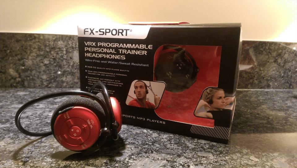 Cutie și căști FX-Sport VRX roșii.