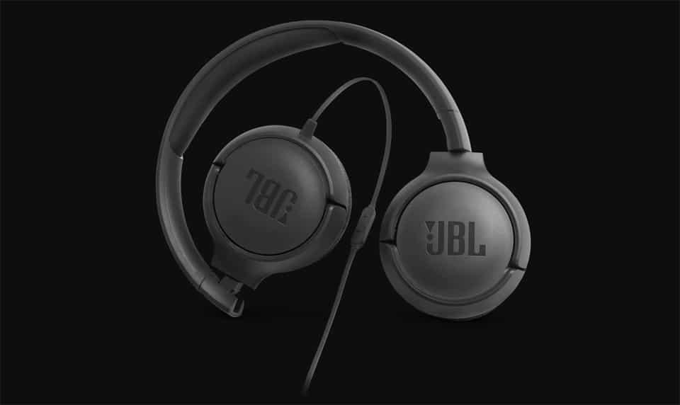 Casti JBL Tune 500.